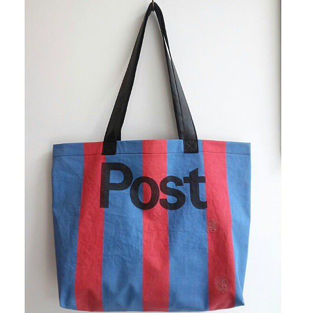 Post Tote